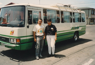 Our bus driver Marvin and our guide Rosita