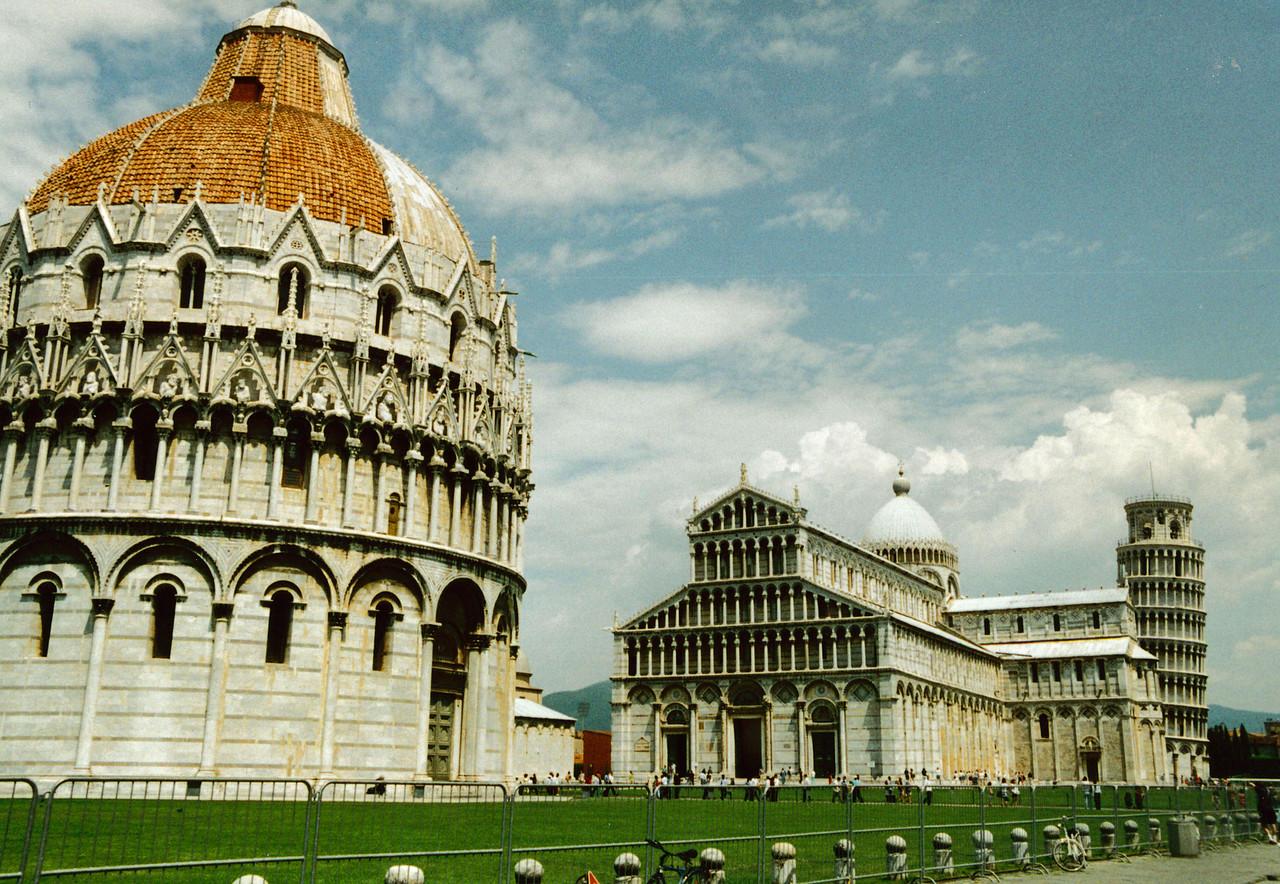 Pisa: See, it does lean.