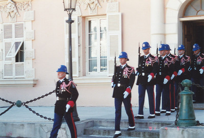 Honor Guard marching to Palace across the Square
