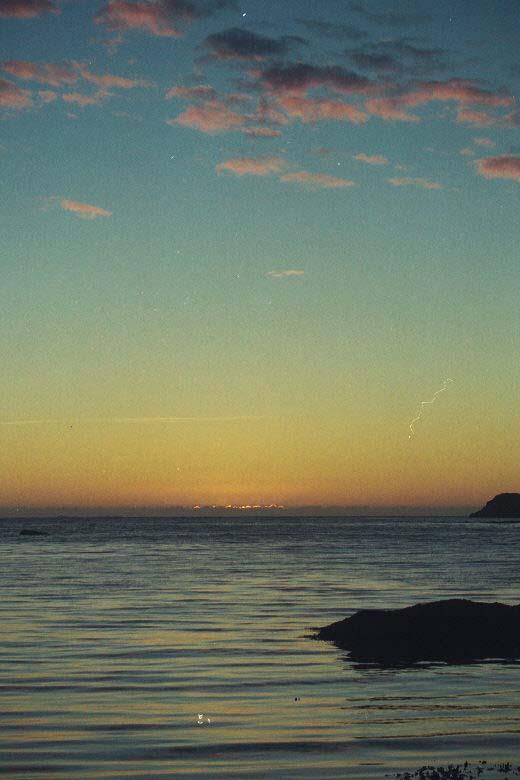 Zonsondergang om 2:30 in Ramsberg Lofoten