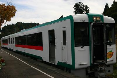 搭乘奧之細道列車循路羽西線前往古口