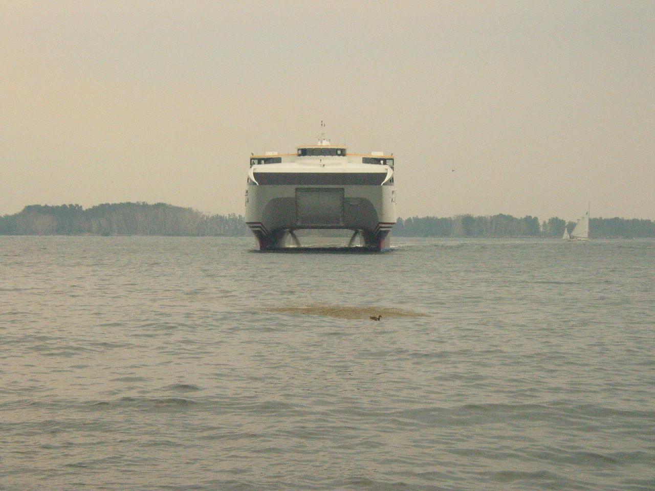 2004_8_19_Rochester_Ferry-36