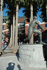 球場正面的Willie Mays雕像