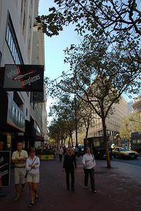 Market St.人行道一景