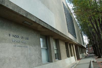 法學界赫赫有名的Boalt Hall