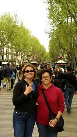 Claire and Radha on Las Ramblas