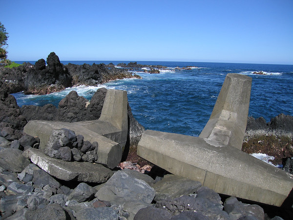 I took almost the same picture back in 1999. Only a few of the rocks have been moved since, probably by high surf.