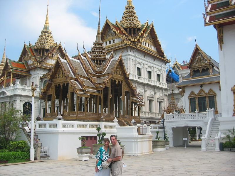 After a long flight to Bangkok we used our first afternoon for a return visit to the magnificent Grand Palace