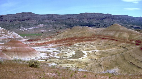 painted hills panorama 2