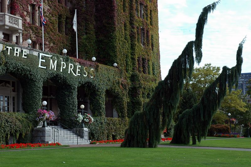 We made it into Victoria.  The Empress is famous world wide although I hadn't heard of it.