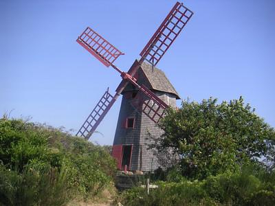 MINOLTA Nantucket Defunct windmill.