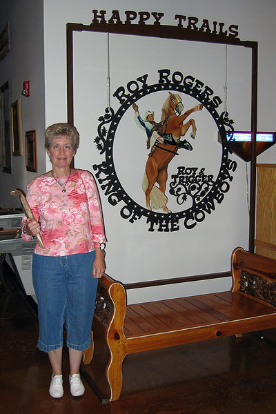 We vist the Roy Roger's Museum