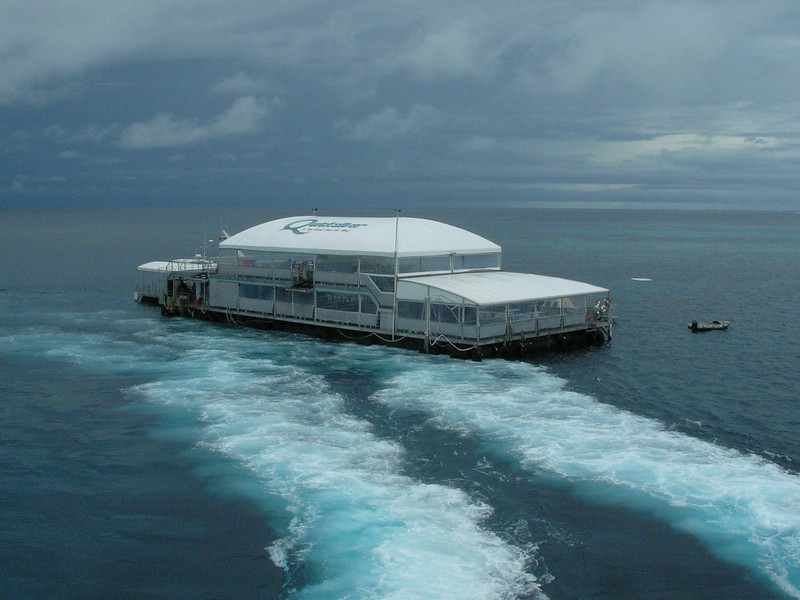Leaving the diving platform of the Great Barrier Reef