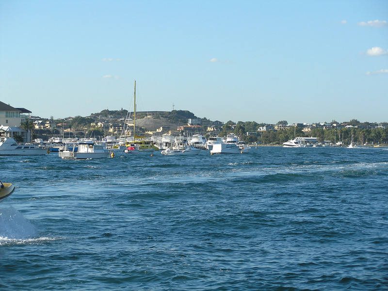 Busy waters on Labor Day on Swan River