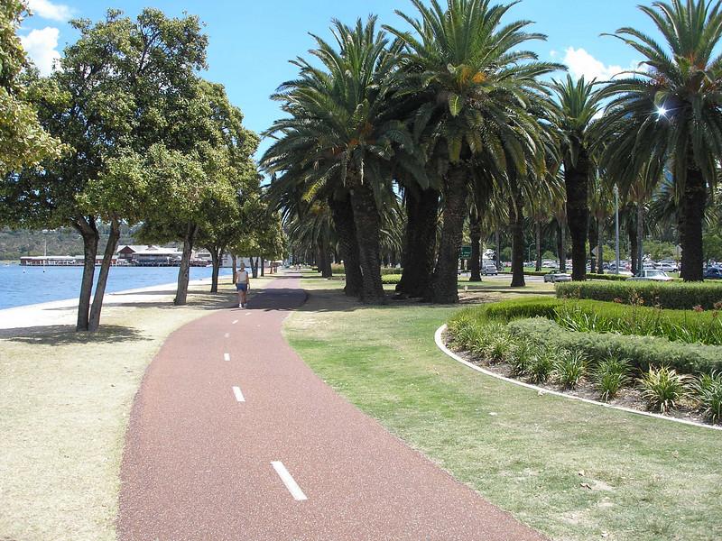 Path along swan river