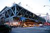 大清早進到紐約,這是Port Authority bus station,算是紐約巴士運輸的樞紐,大得可怕,巴士月台好幾層。