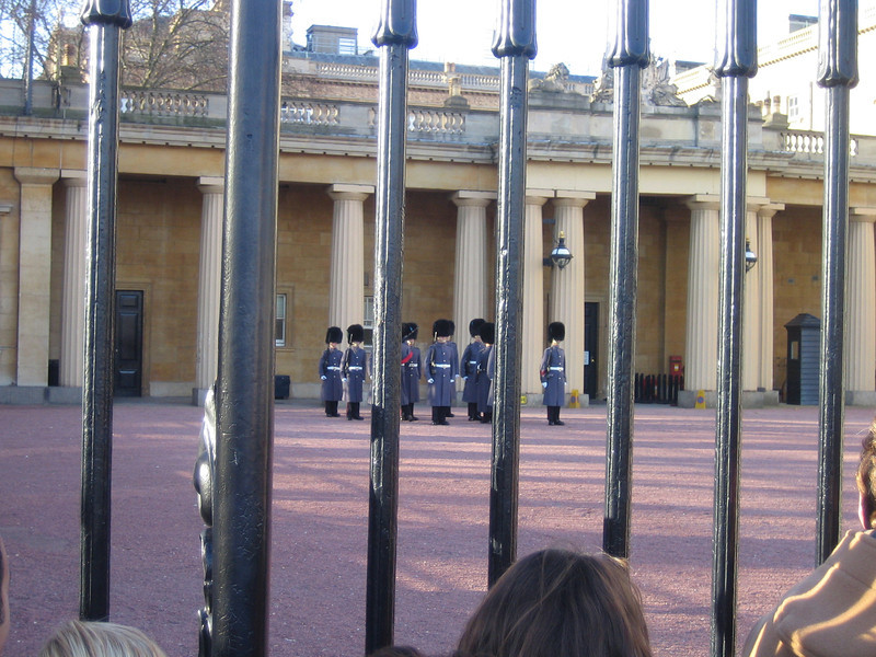 08 - royal guards gathering