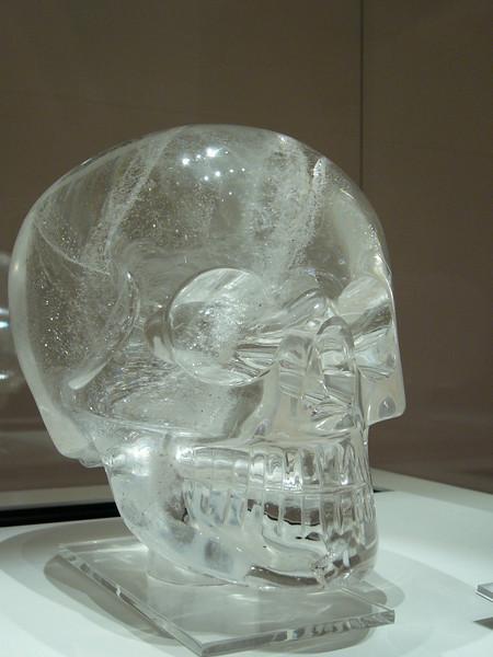 33 - crystal skull