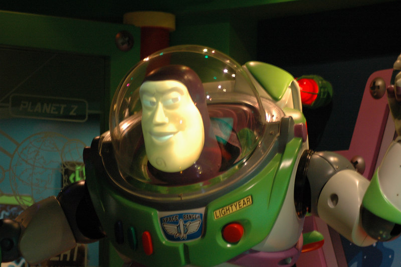 we got stuck in the Toy Story ride so I was able to take pictures :)