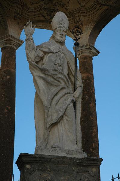 A statue of St. Ubaldo.