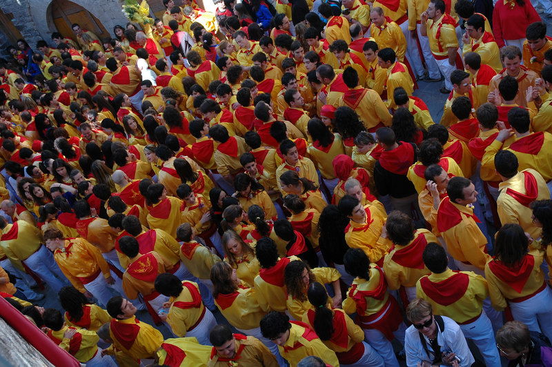 "The ""festa de Ceri"".  The runners for St. Ubaldo is in yellow."