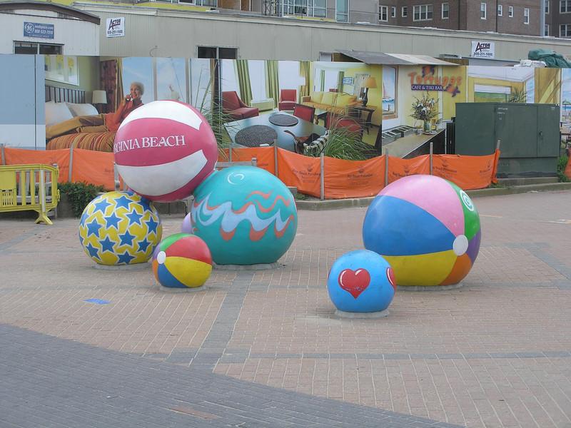 Permanent beach balls