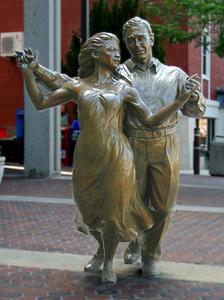 7233 Dancing Cpl Statue edit