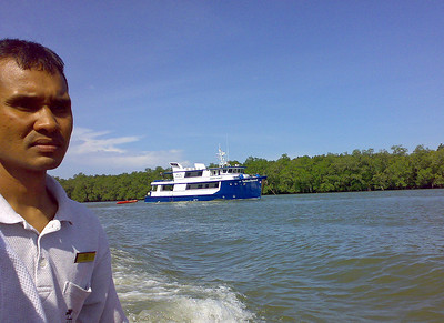 Popping back to Kuantan from the Ocean Rover just before sailed (on a mission to replace my failed MP3 player ..)