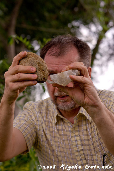 Dr. David Pokotylo shows us how to make a stone flake tool with a hammerstone