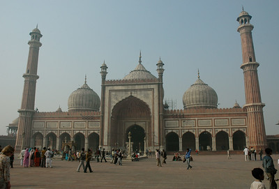 Jama Masjid, the largest mosque in Asia. [Delhi]