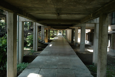 IIT Kanpur - covered walkways.