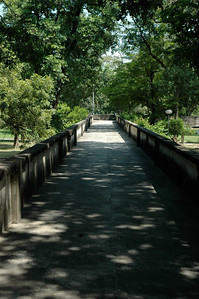 IIT Kanpur - elevated walkways.