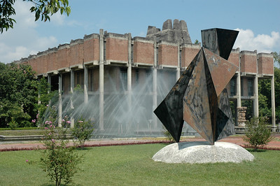 IIT Kanpur - artwork, fountain, and main library.