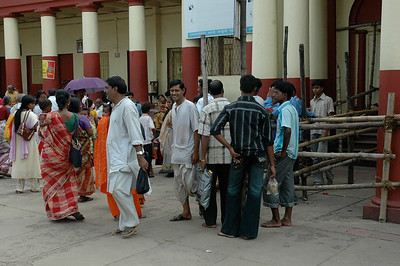 people exiting at Dakshineswar Kali Temple; I just missed the opportunity to go inside. Kolkata.