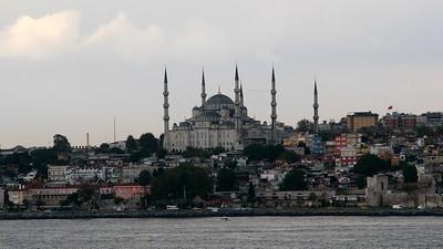IstanbulBlueMosque16x9.4379