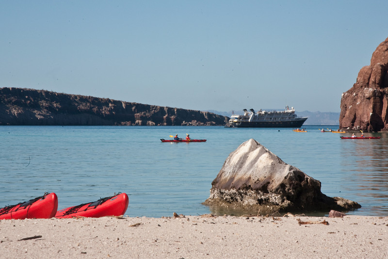 First morning - Isla Espirito Santo Island - hiking and kayaking.