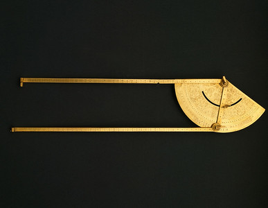 triangulation instrument