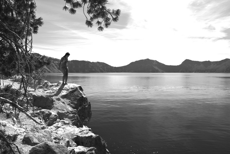 A fellow Crater Lake visitor prepares to enjoy one of the more refreshing aspects of the park. The water stays around 55F in summer and 38F in winter (or below 15')