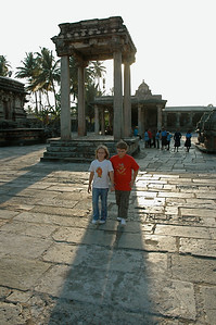 Chennakesava temple: the children explore the temple courtyard.