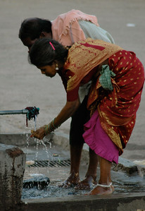 Chennakesava temple: washing before entering the temple.