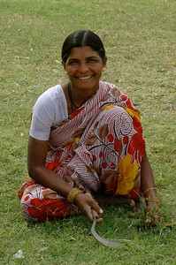 Ellora groundskeeper: what a great smile.