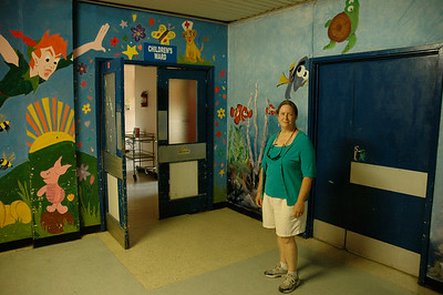 Pam peeks into the pediatrics ward, Lautoka hospital. Fiji.