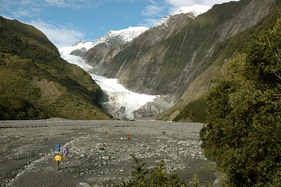 We hike out to see the Franz Josef glacier, New Zealand.