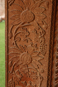 Fatehpur Sikri: the sandstone was intricately carved.