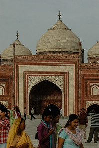 The Taj Mahal: the west building is a mosque.