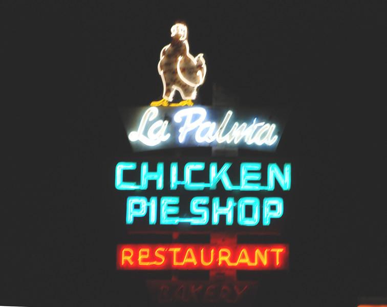 2010-12-02 Anaheim Pieshop1