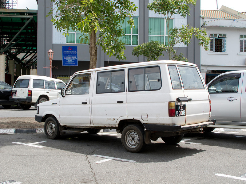 Ridiculous looking Toyota Kijang in Kuala Belait, Brunei.