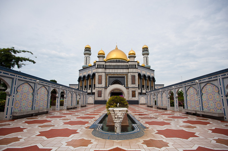 The very grand-looking Jame' Sultan Hassanal Bolkiah, BSB, Brunei.