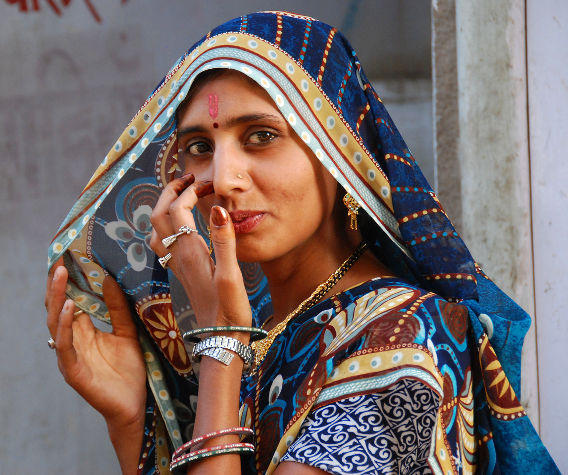 Faces of India: Young woman in market.