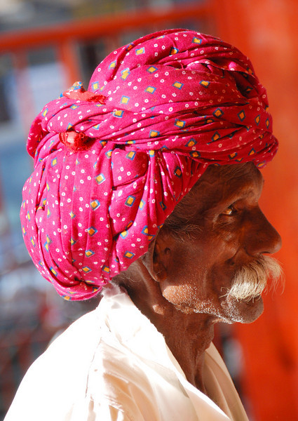 Faces of India: Old turbaned man